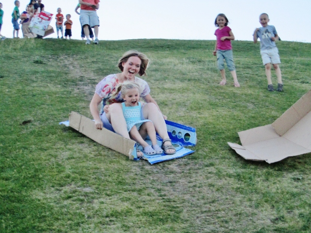 How to make a cardboard sled