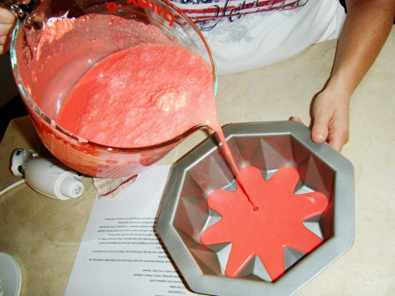 How to make Jello in a bundt pan.