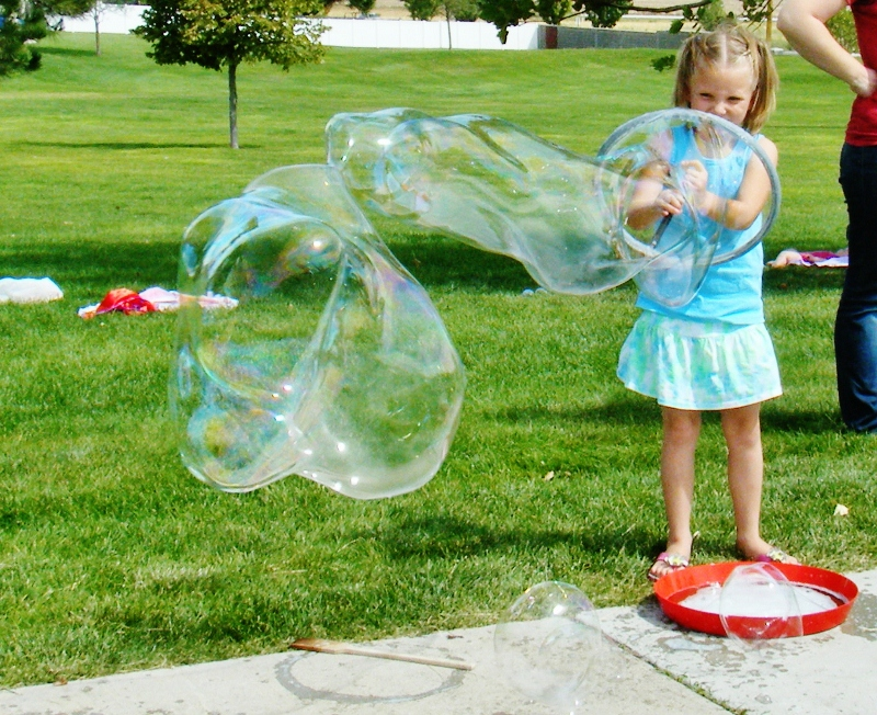 How to Blow Giant Bubbles